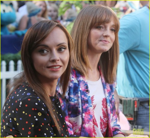 jayma-mays-glee-season-5-is-my-last-season-06.jpg