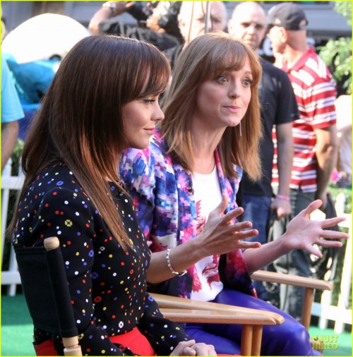 jayma-mays-glee-season-5-is-my-last-season-08.jpg