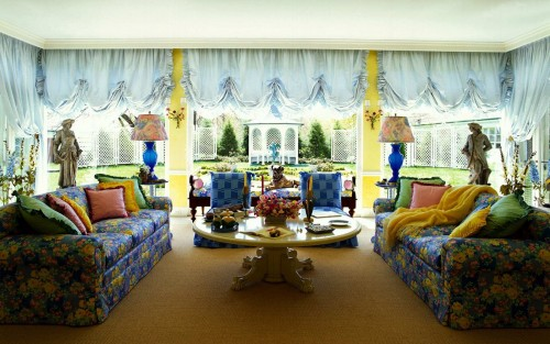 colorful-family-room.jpg