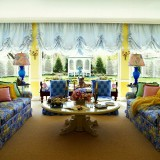 colorful-family-room