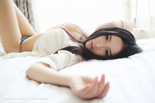 Japanese-Gravure-Idols-Gallery-With-Korean-Chinese-And-Asian-Girls_ef39f16bb8a4cdc02bd98a4bcdf99a2ae2ae224c.large1.jpg