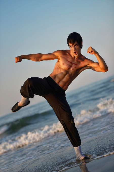 Cosplay-FeiLong-Cosplayer-LeonChiro_PhotoRedukto.jpg